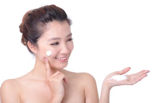 Kem điều trị mụn dưới da