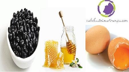 Trị sẹo hiệu quả bằng đậu đen, mật ong và trứng gà